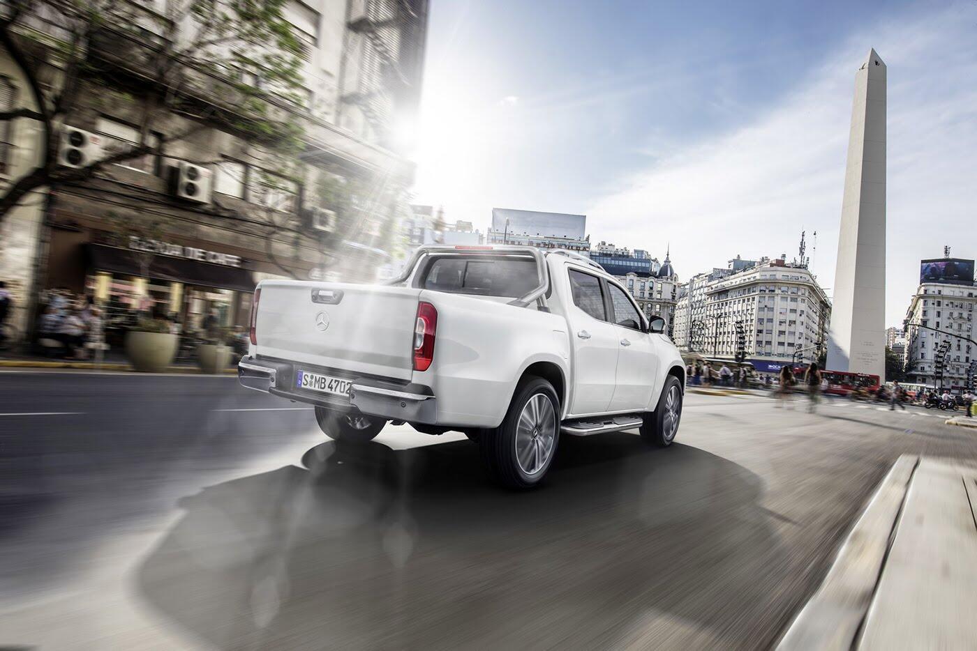 Bán tải Mercedes-Benz X-Class sẽ không có phiên bản động cơ V8 4.0L - Hình 3