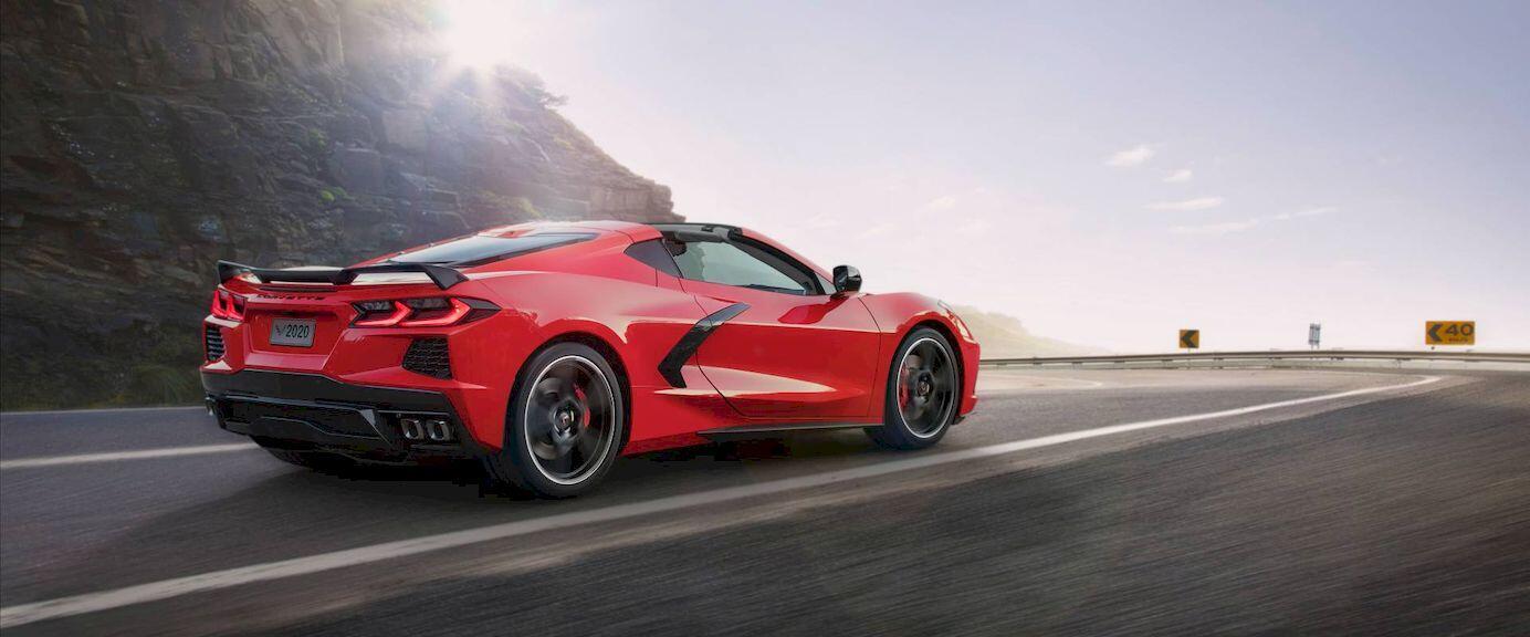 Bản thảo chính thức hé lộ thiết kế khoang lái trên C8 Corvette Z06