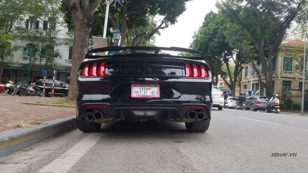"""Bắt gặp bộ đôi """"cơ bắp Mỹ"""" Camaro SS 2010 và Ford Mustang GT 5.0 Performance Package 2019 trên phố Hà Nội - Hình 10"""