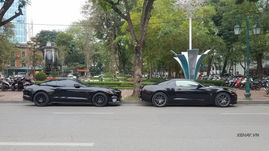 """Bắt gặp bộ đôi """"cơ bắp Mỹ"""" Camaro SS 2010 và Ford Mustang GT 5.0 Performance Package 2019 trên phố Hà Nội - Hình 14"""