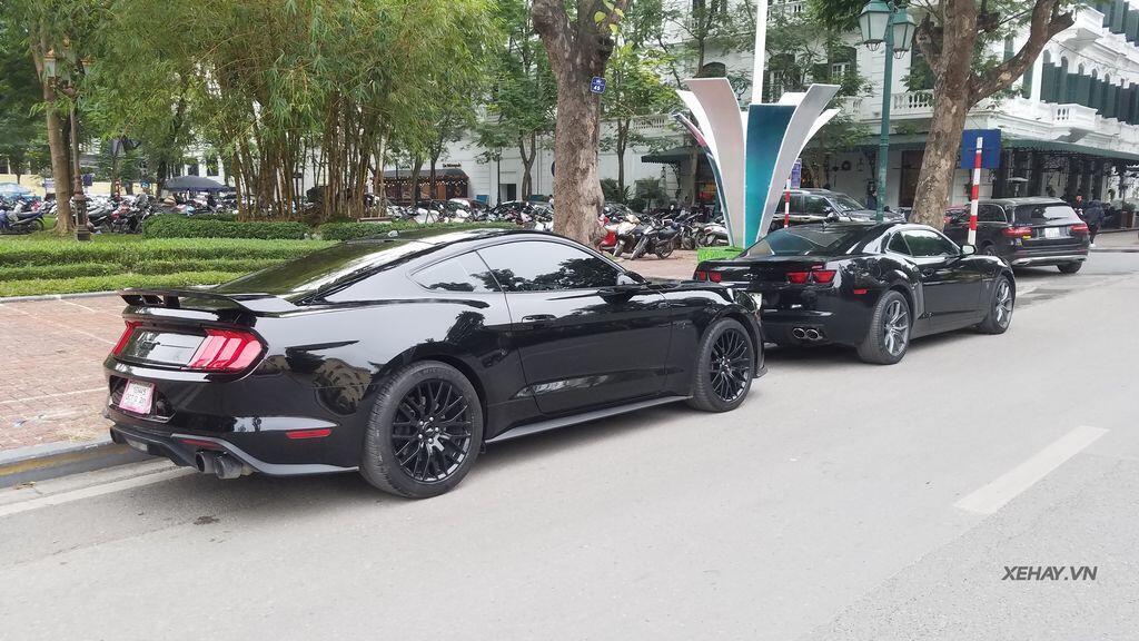 """Bắt gặp bộ đôi """"cơ bắp Mỹ"""" Camaro SS 2010 và Ford Mustang GT 5.0 Performance Package 2019 trên phố Hà Nội - Hình 15"""