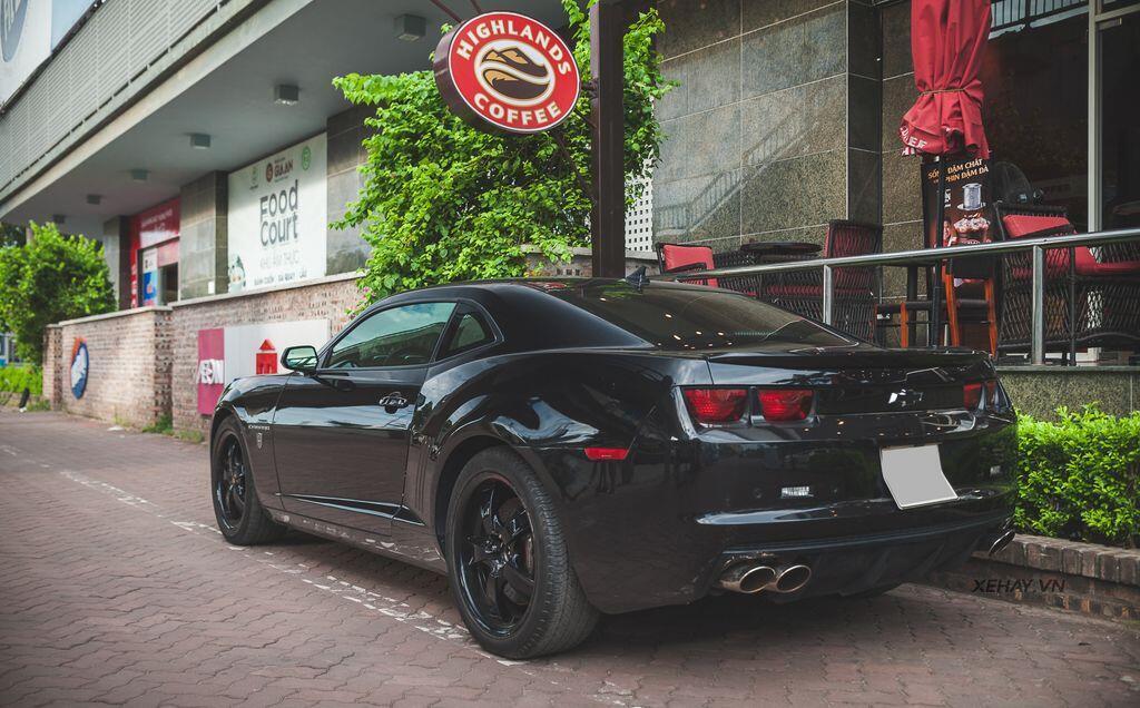 """Bắt gặp bộ đôi """"cơ bắp Mỹ"""" Camaro SS 2010 và Ford Mustang GT 5.0 Performance Package 2019 trên phố Hà Nội - Hình 18"""