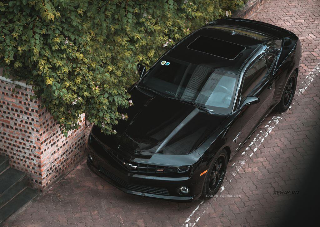 """Bắt gặp bộ đôi """"cơ bắp Mỹ"""" Camaro SS 2010 và Ford Mustang GT 5.0 Performance Package 2019 trên phố Hà Nội - Hình 19"""