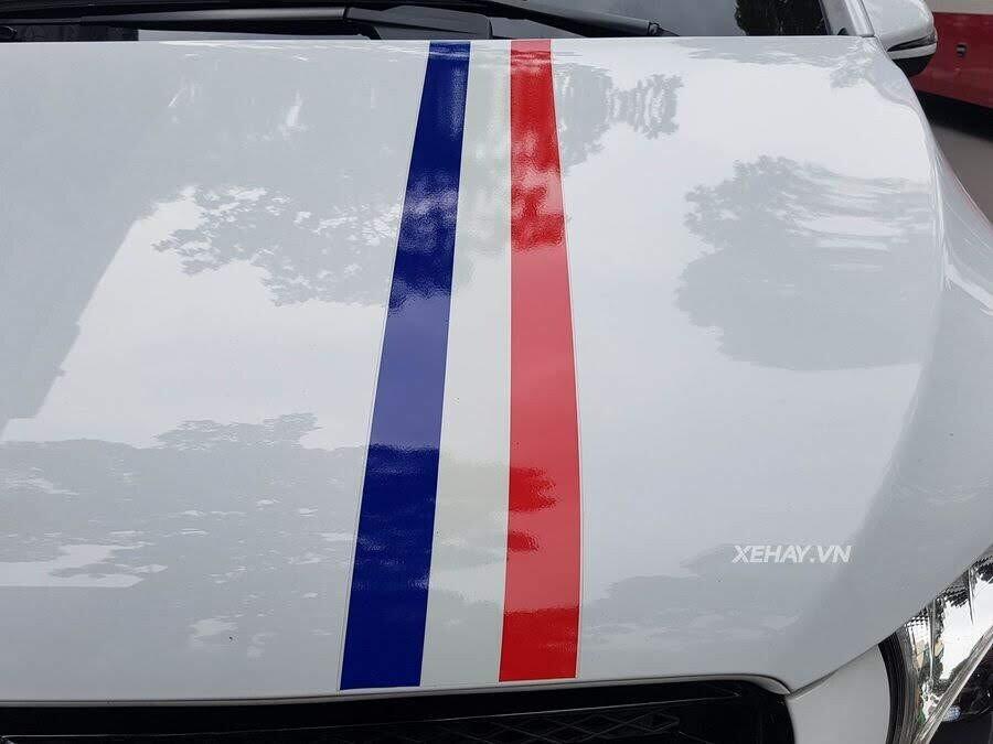 """Bắt gặp Mercedes-Benz V 250 độ """"khủng"""" của đại gia Minh Nhựa trên phố - Hình 11"""
