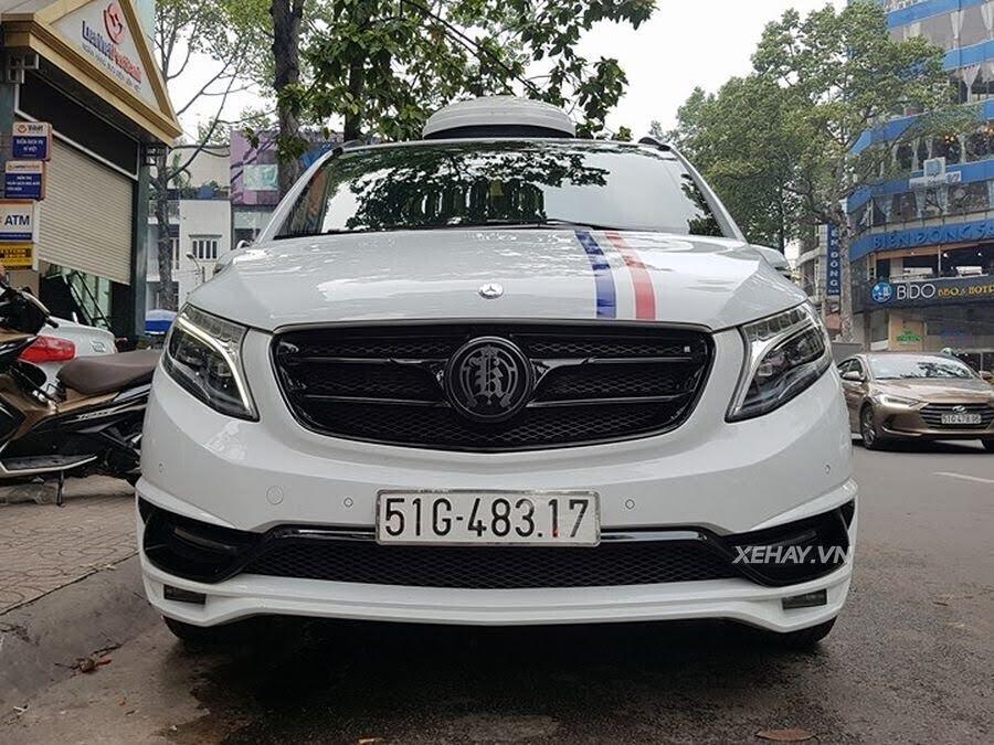 """Bắt gặp Mercedes-Benz V 250 độ """"khủng"""" của đại gia Minh Nhựa trên phố - Hình 15"""