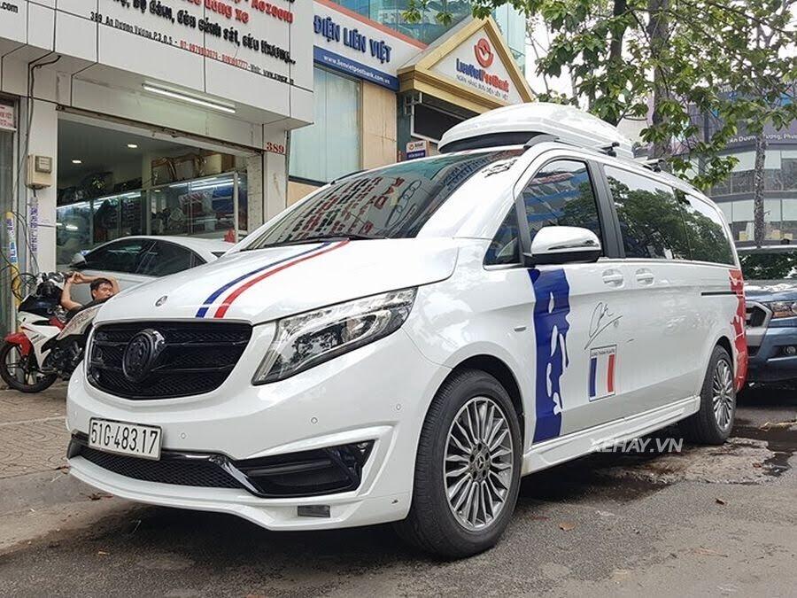 """Bắt gặp Mercedes-Benz V 250 độ """"khủng"""" của đại gia Minh Nhựa trên phố - Hình 17"""