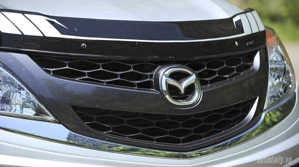 """""""Bay"""" cùng Mazda BT-50S - Hình 3"""