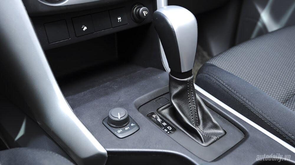 """""""Bay"""" cùng Mazda BT-50S - Hình 7"""