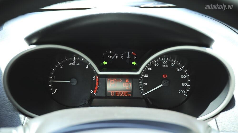"""""""Bay"""" cùng Mazda BT-50S - Hình 8"""