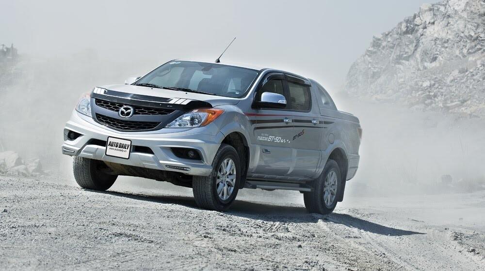 """""""Bay"""" cùng Mazda BT-50S - Hình 11"""