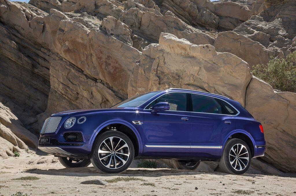 Bentley Bentayga 2017 - SUV nhanh nhất, sang trọng bậc nhất - Hình 1