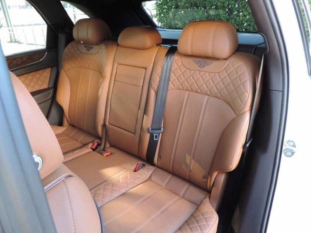 Bentley Bentayga 2017 - SUV nhanh nhất, sang trọng bậc nhất - Hình 6