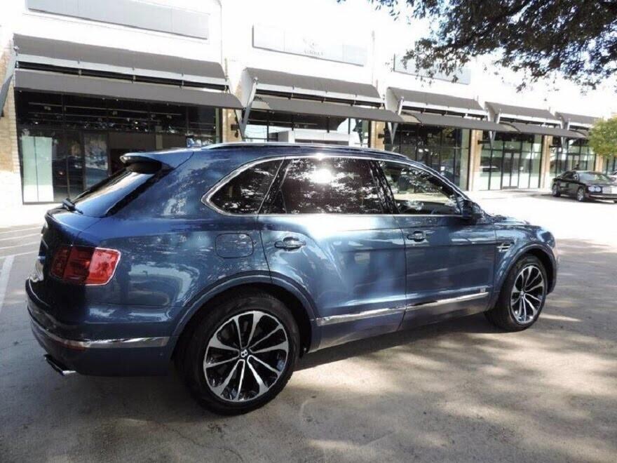 Bentley Bentayga 2017 - SUV nhanh nhất, sang trọng bậc nhất - Hình 10
