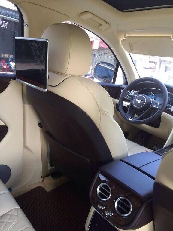 Bentley Bentayga 2017 - SUV nhanh nhất, sang trọng bậc nhất - Hình 12