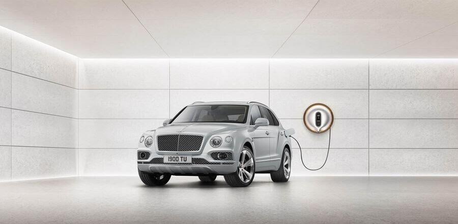 Bentley đã tận dụng tài năng của Philippe Starck để thiết kế bộ sạc cho Bentayga Hybrid - Hình 8