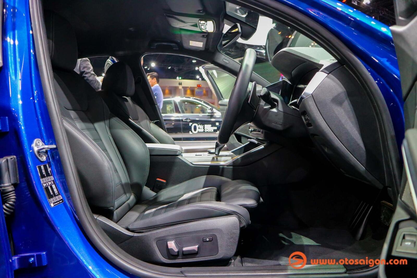 BMW 3 Series mới tại Thái Lan có giá bán từ 2,1 đến 2,4 tỷ đồng - Hình 25