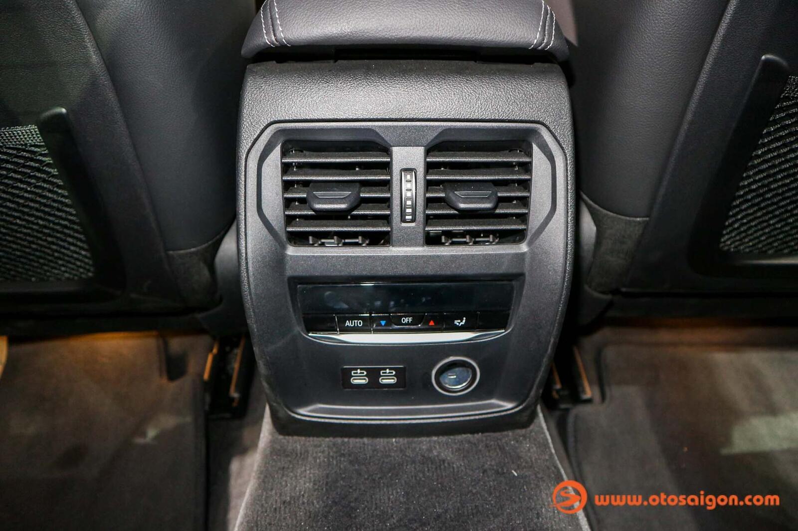 BMW 3 Series mới tại Thái Lan có giá bán từ 2,1 đến 2,4 tỷ đồng - Hình 30