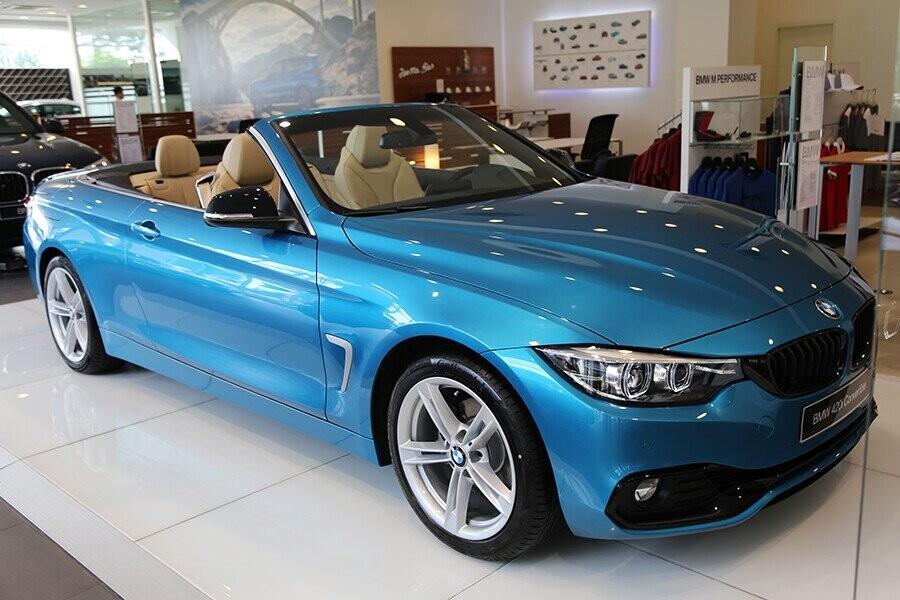 bmw-420i-conveti-mau-xanh.jpg