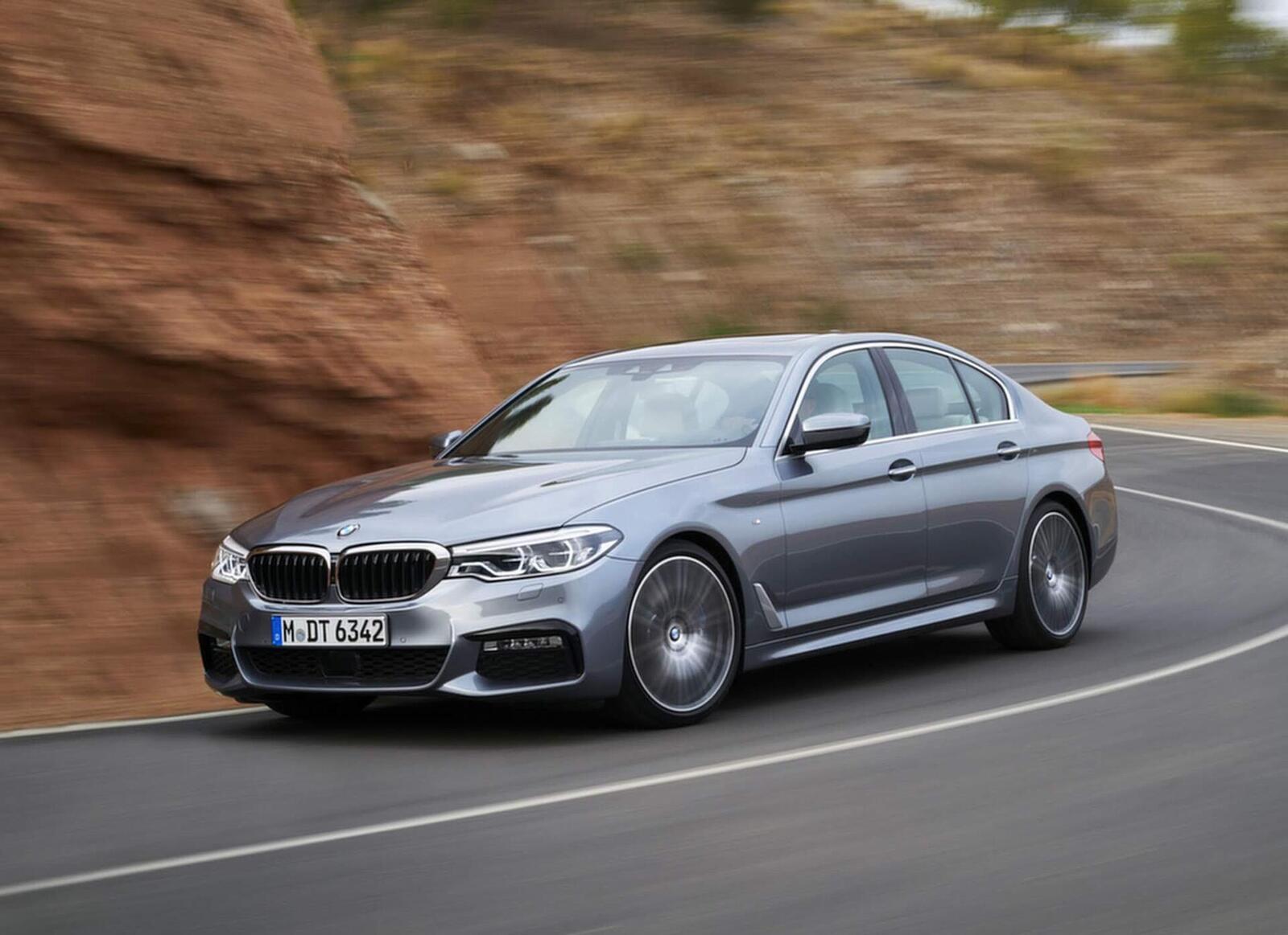 BMW 5 Series thế hệ hoàn toàn mới xuất hiện tại Hà Nội - Hình 6