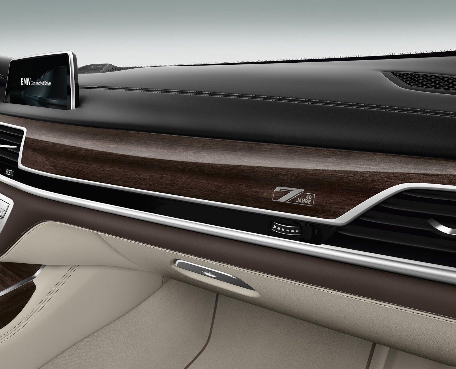 BMW 7-Series ra mắt phiên bản kỷ niệm chỉ 200 chiếc - Hình 5