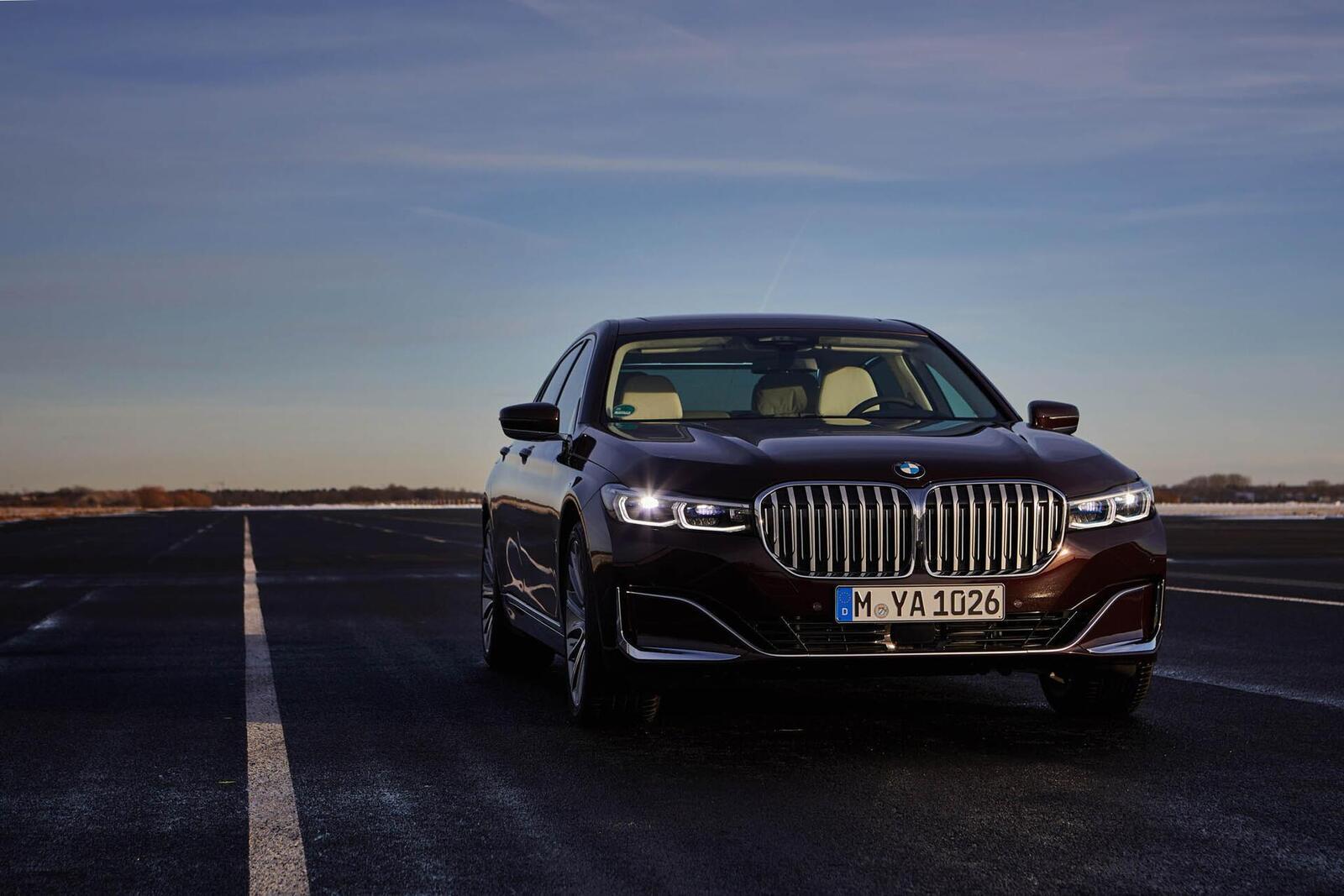 BMW giới thiệu 7 Series PHEV 2020 mới; lắp động cơ 3.0L mới thay chế cho 2.0L cũ - Hình 17