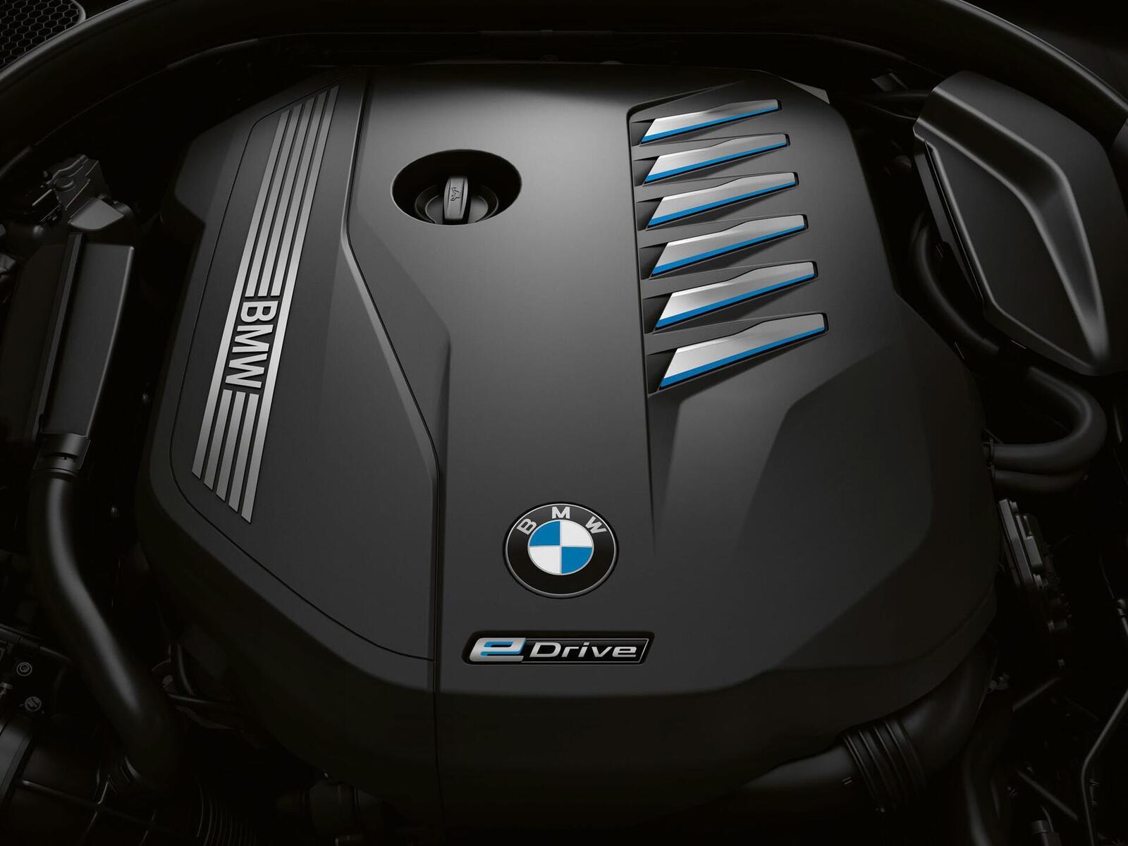 BMW giới thiệu 7 Series PHEV 2020 mới; lắp động cơ 3.0L mới thay chế cho 2.0L cũ - Hình 2