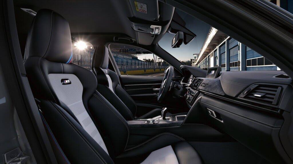 BMW giới thiệu M3 CS: Mạnh hơn, nhẹ hơn, chỉ 1200 xe được sản xuất - Hình 5