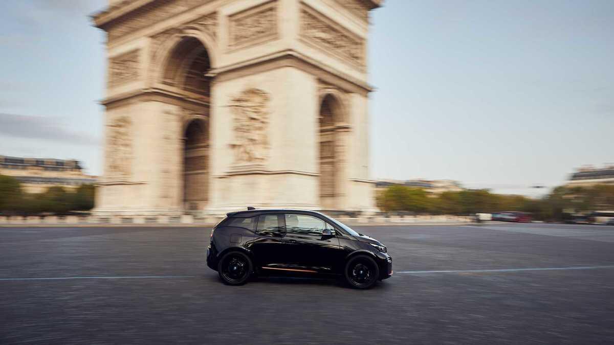BMW i3s phiên bản bóng đêm