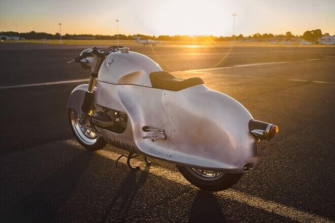 """BMW R100 RSAero: """"Phi cơ mặt đất"""" độc đáo vô tiền khoáng hậu - Hình 2"""