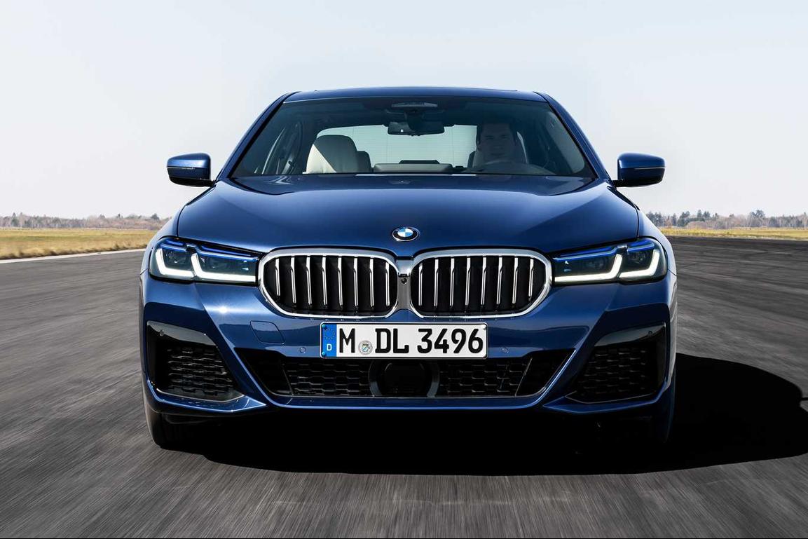Ngoại thất BMW Series 5 - Hình 1