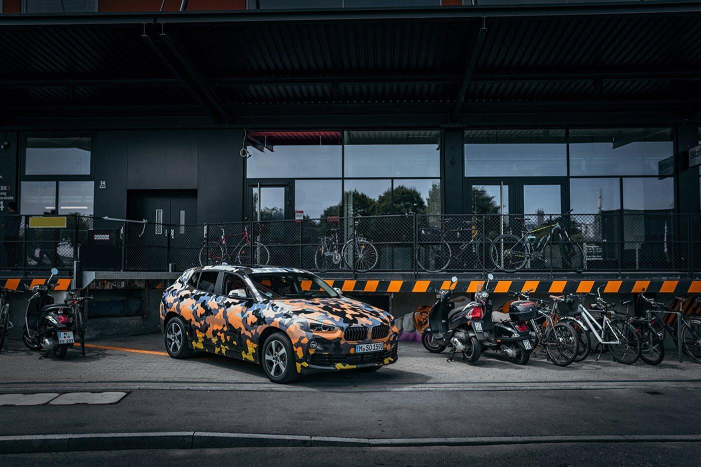"""BMW X2 2018 """"lộ"""" ảnh thực tế trên đường - Hình 2"""