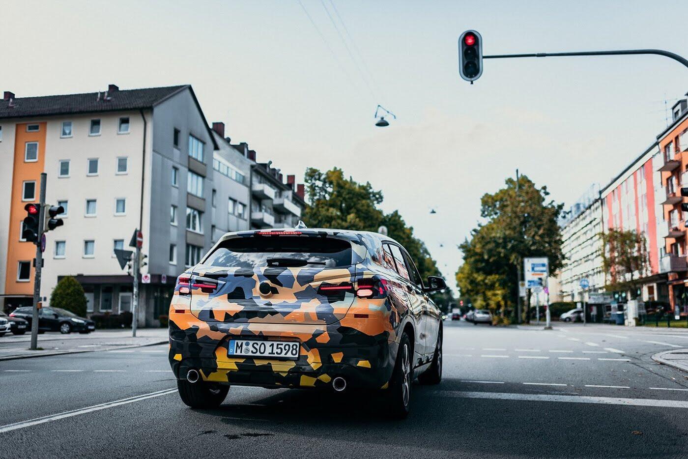"""BMW X2 2018 """"lộ"""" ảnh thực tế trên đường - Hình 7"""