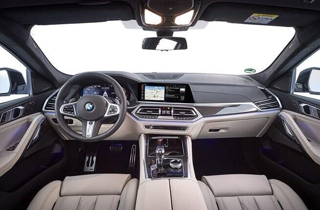 bmw-x6-2020-the-he-moi-cap-cang-viet-nam-giua-tam-bao-covid-19