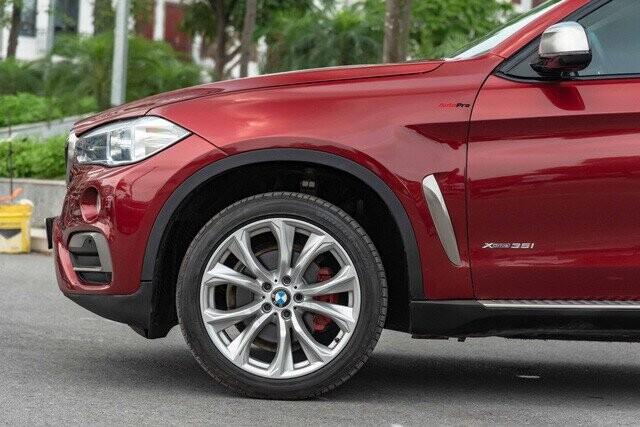 Hạ giá mùa Covid-19, BMW X6 bán lại chỉ hơn 2 tỷ đồng, rẻ ngang Mercedes-Benz GLC 200 mua mới - Ảnh 2.