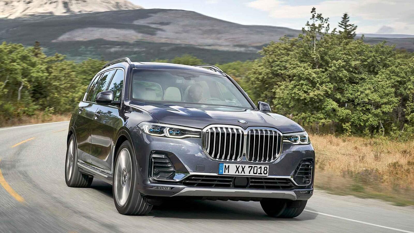 BMW X7 sắp bán tại Thái Lan; bản máy dầu M50d có giá 6,5 tỷ đồng - Hình 1