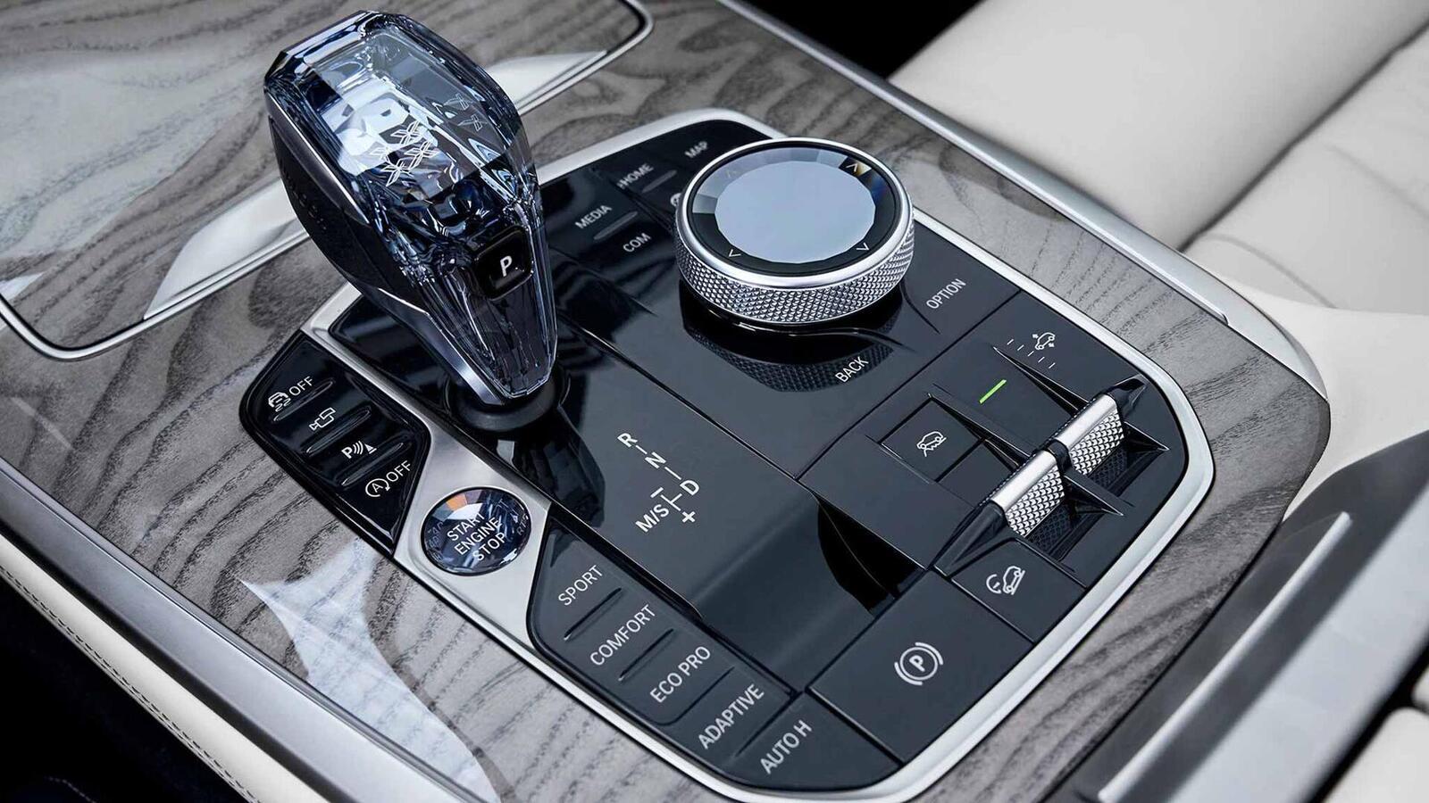 BMW X7 sắp bán tại Thái Lan; bản máy dầu M50d có giá 6,5 tỷ đồng - Hình 5