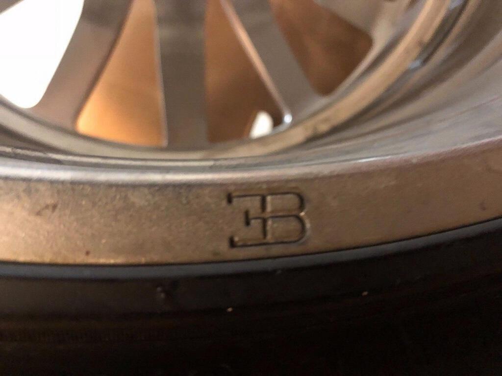 Bộ bánh mâm cũ của Bugatti Veyron có giá đắt hơn cả một chiếc Porsche 911 - Hình 10