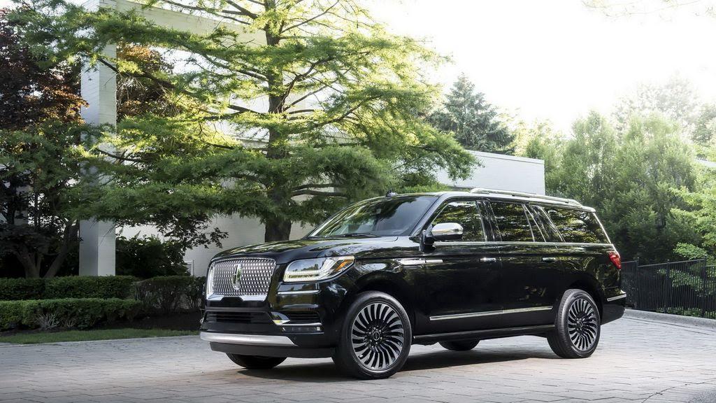 Các chuyên gia Consumer Reports nói gì về Lincoln Navigator mới nhất? - Hình 7