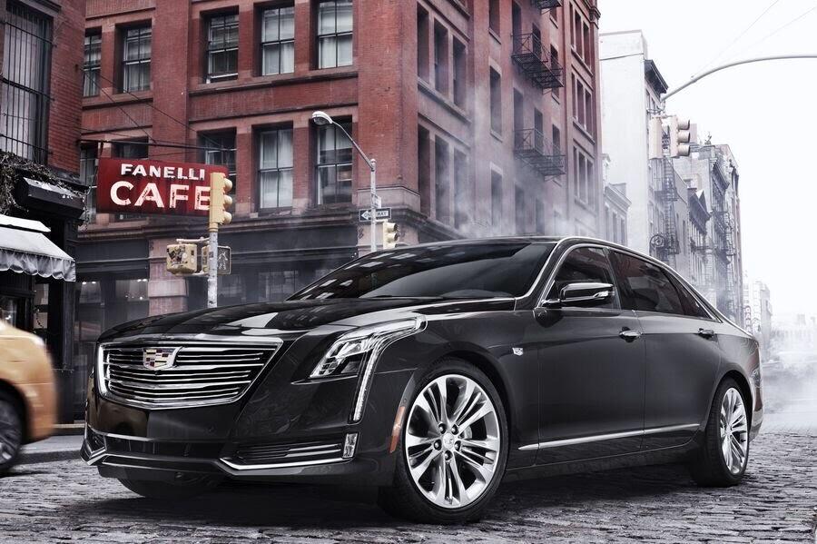 Cadillac CT6 2018 bổ sung công nghệ lái bán tự động Super Cruise - Hình 1