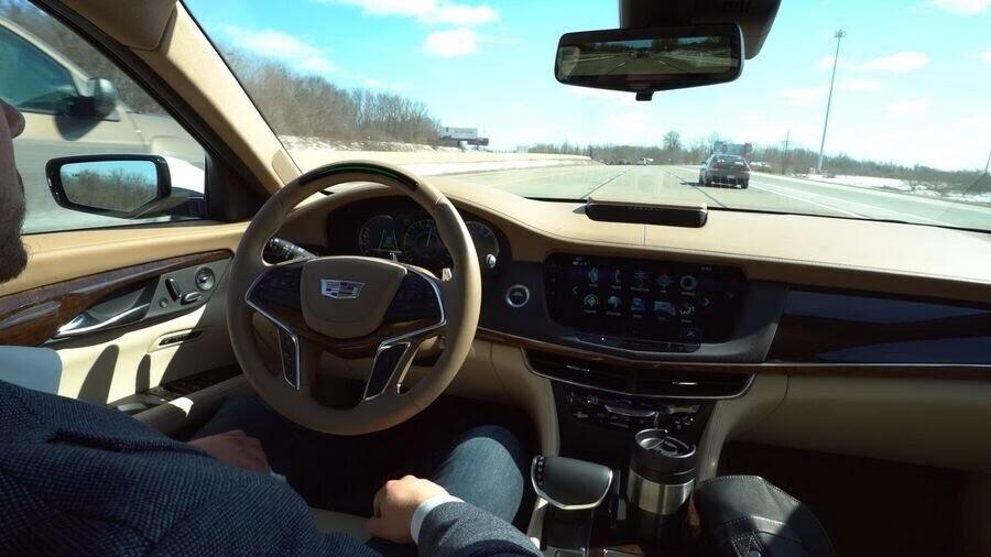 Cadillac CT6 2018 bổ sung công nghệ lái bán tự động Super Cruise - Hình 3