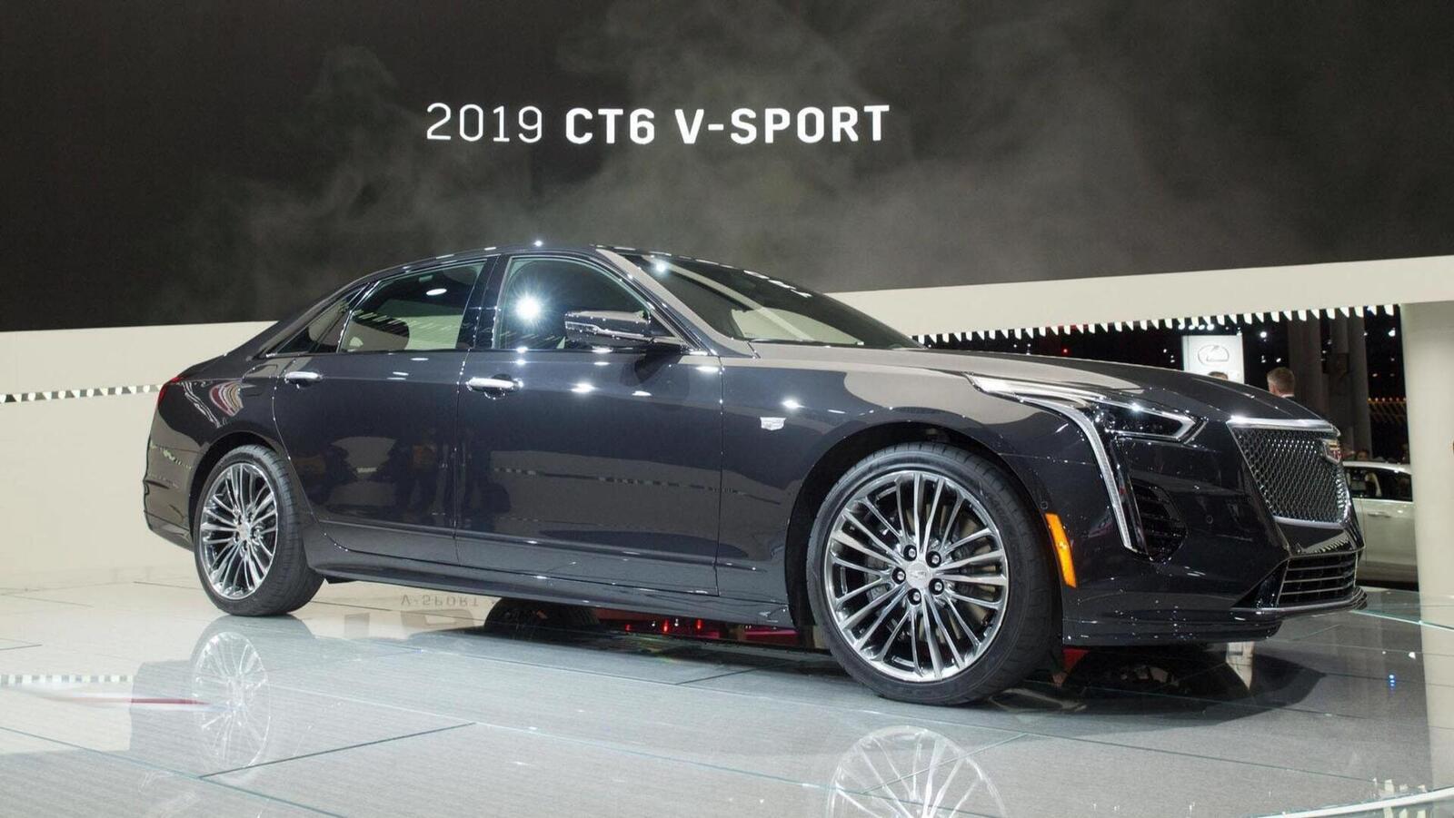Cadillac mang CT6 V-Sport 2019 đến triển lãm ô tô New York 2018 - Hình 1