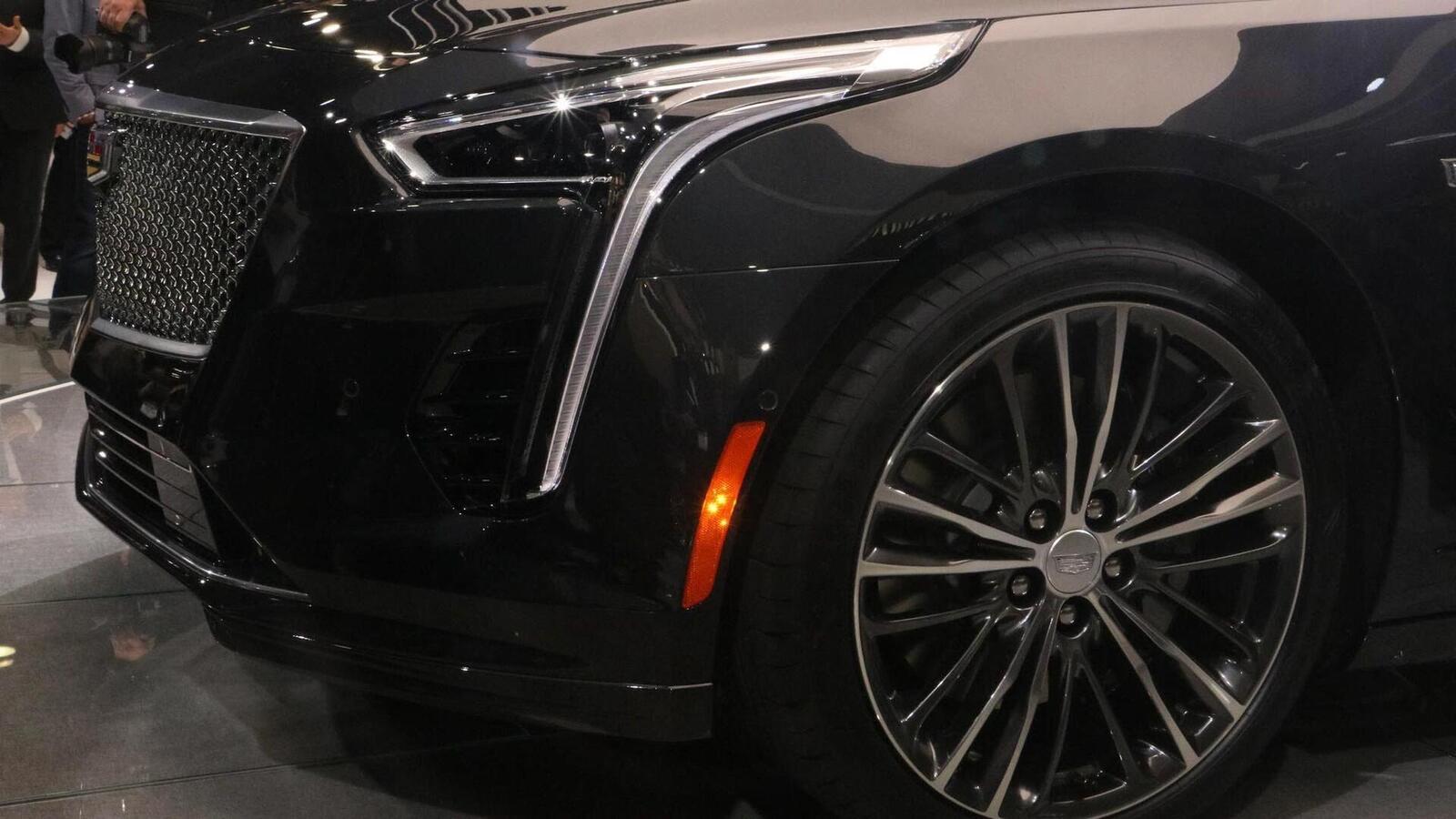 Cadillac mang CT6 V-Sport 2019 đến triển lãm ô tô New York 2018 - Hình 6