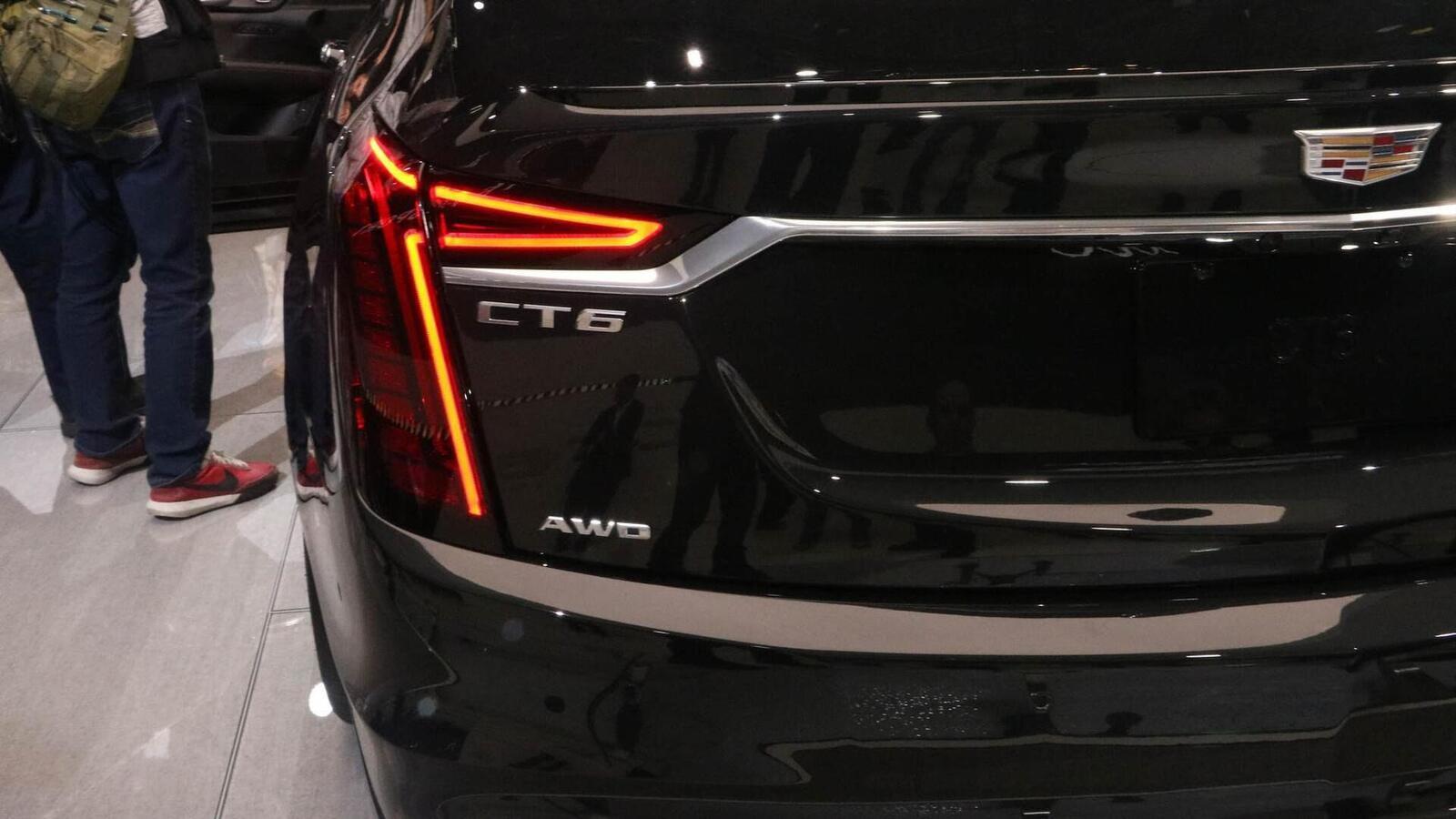 Cadillac mang CT6 V-Sport 2019 đến triển lãm ô tô New York 2018 - Hình 8