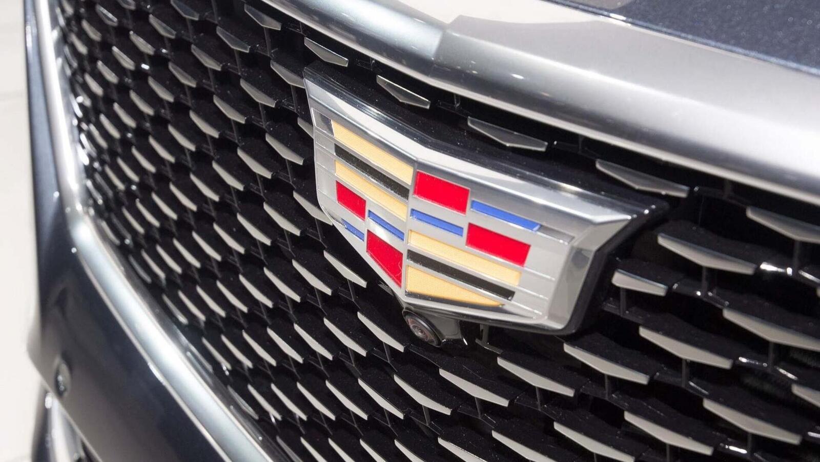 Cadillac mang CT6 V-Sport 2019 đến triển lãm ô tô New York 2018 - Hình 19