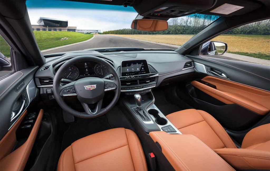 cadillac-tiet-lo-tat-tan-tat-ve-sedan-ct4-2020-truoc-ngay-ra-mat