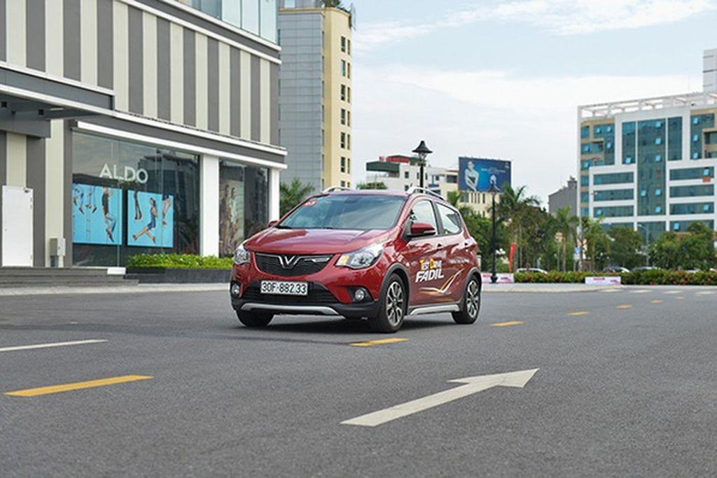 Café roadshow - cách tiếp cận khách hàng độc đáo của hãng xe Việt VinFast-1.jpg