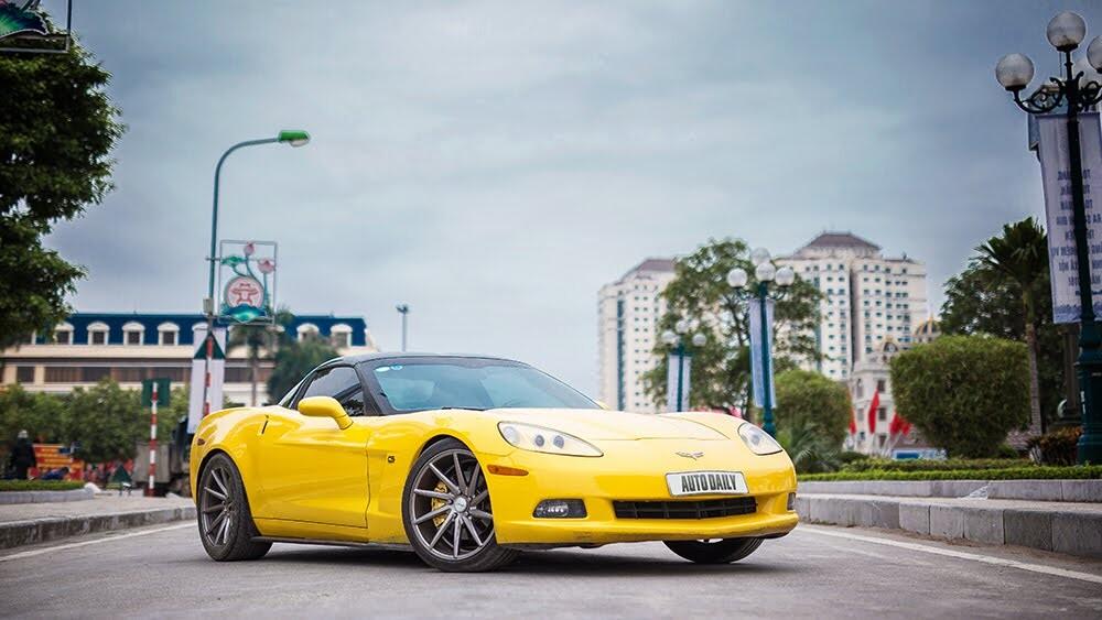 ''Cầm cương'' Chevrolet Corvette C6: Cơ bắp Mỹ đúng điệu - Hình 1