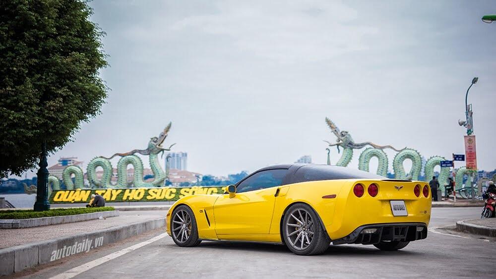 ''Cầm cương'' Chevrolet Corvette C6: Cơ bắp Mỹ đúng điệu - Hình 3