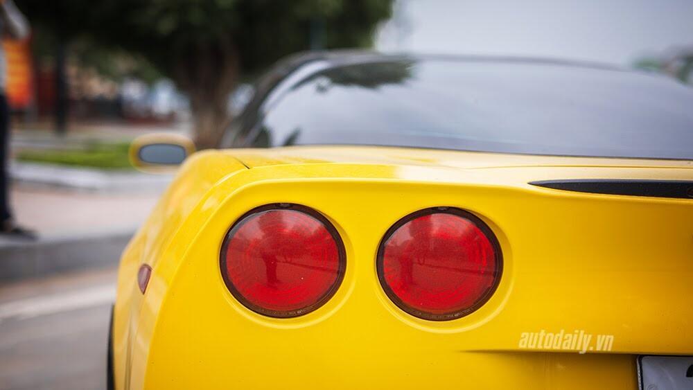 ''Cầm cương'' Chevrolet Corvette C6: Cơ bắp Mỹ đúng điệu - Hình 4