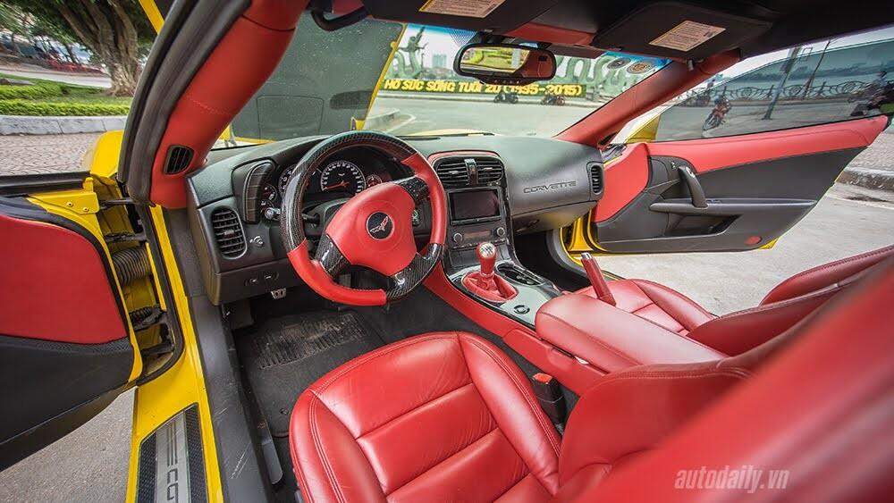 ''Cầm cương'' Chevrolet Corvette C6: Cơ bắp Mỹ đúng điệu - Hình 7